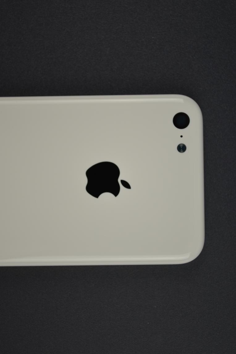 Apple-iPhone-5C-04