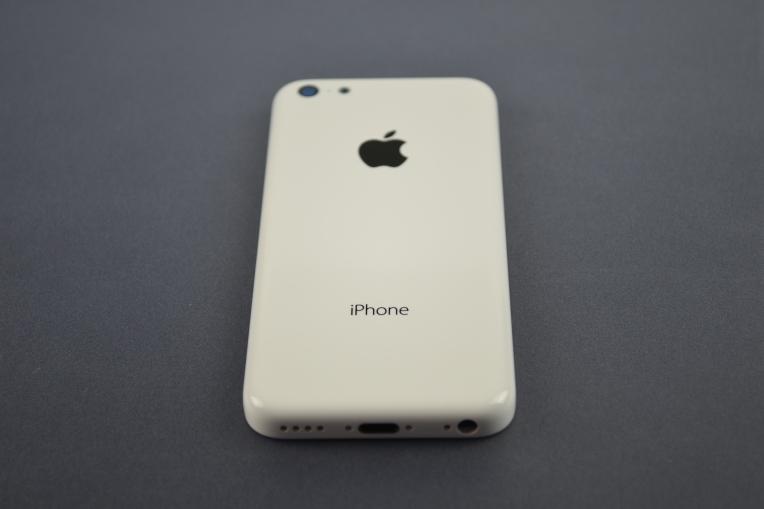 Apple-iPhone-5C-09