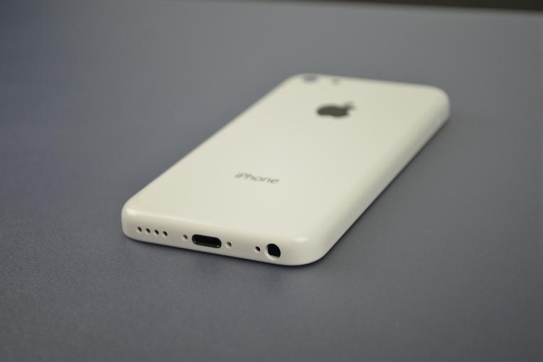 Apple-iPhone-5C-59